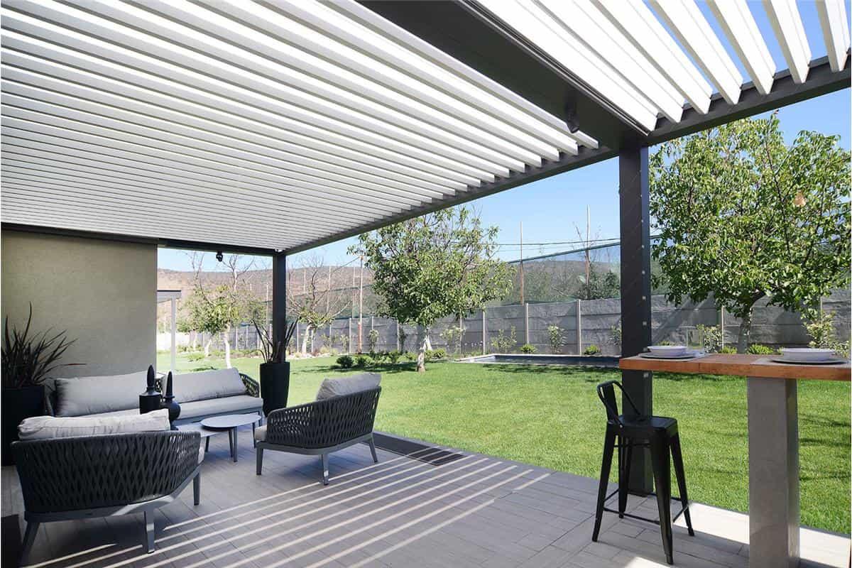 pergolas bioclimaticas, spatio, condominio kaiken